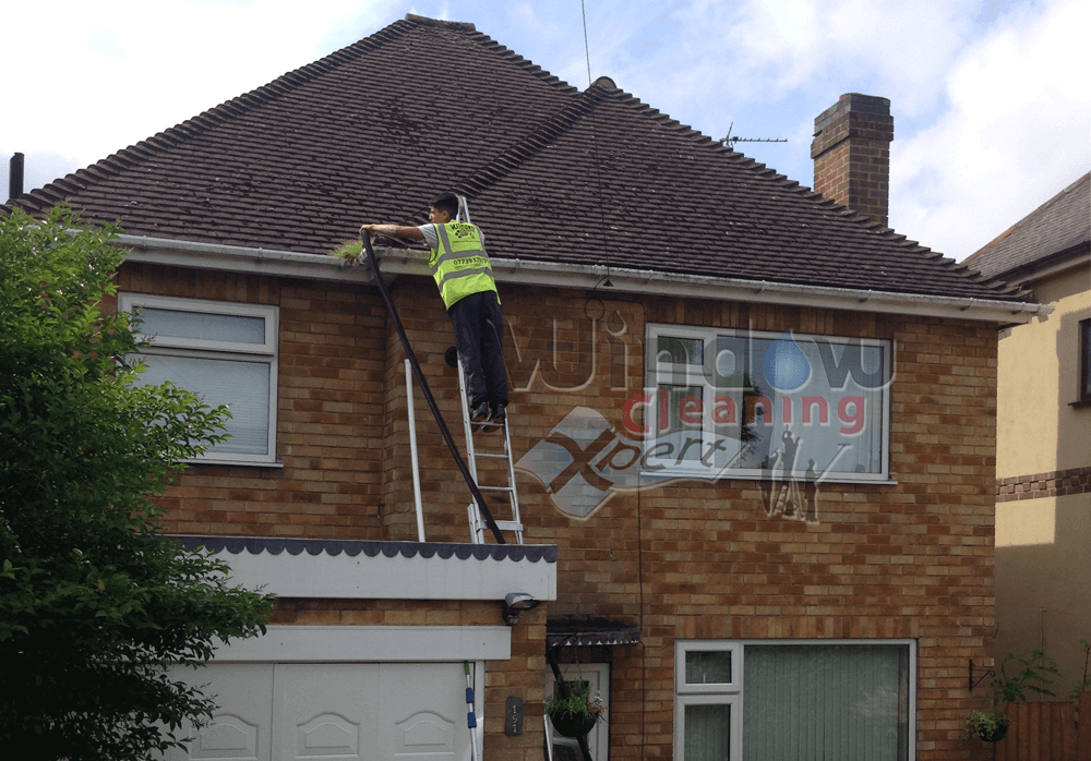 gutter cleaning leicester